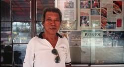 Em Malaca, os Portugis (descendentes de português e malaios), após 400 anos ainda usam nomes portugueses e falam uma língua própria, o kristang. O cavalheiro nesta foto é o Sr. Manuel Lázaro (mais conhecido como Papa Joe), que fala um pouco de português.