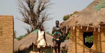 Bajudas (raparigas solteiras) na Ilha de Canhabaque no Arquipélago dos Bijagós, Guiné-Bissau. 10 de fevereiro de 2007.  JORGE NETO/LUSA