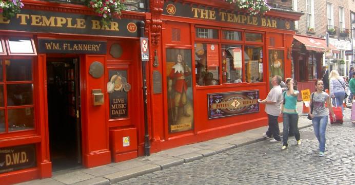 "O Pub ""The Temple Bar"", Dublin, Irlanda."