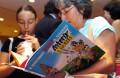 Livro do Asterix e Obelix em mirandês. JOÃO RELVAS / LUSA