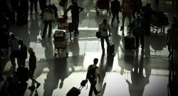 Passageiros no aeroporto de Lisboa. MÁRIO CRUZ/LUSA
