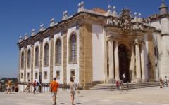 Adriana Calcanhotto dá aulas em Coimbra
