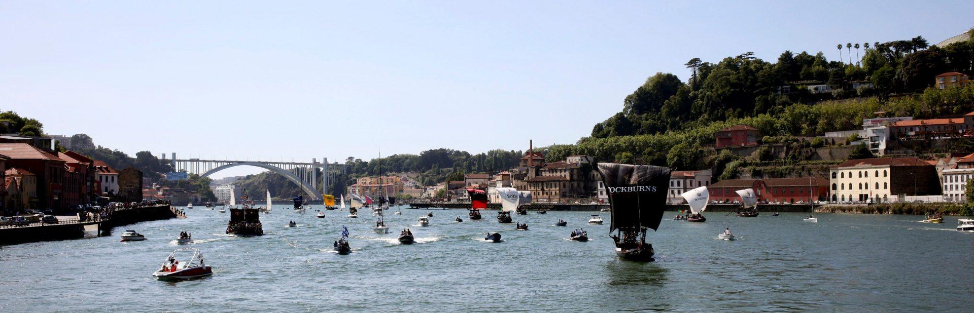Barcos Rabelo no rio Douro.ESTELA SILVA / LUSA