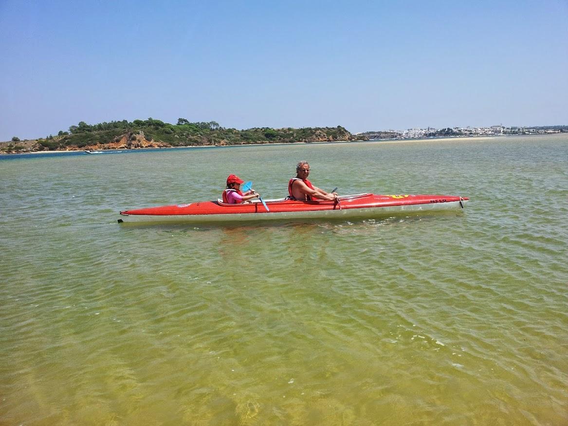 eu e Ana na canoa