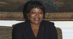 Maria do Carmo Silveira, indicada para secretária-executiva da CPLP.