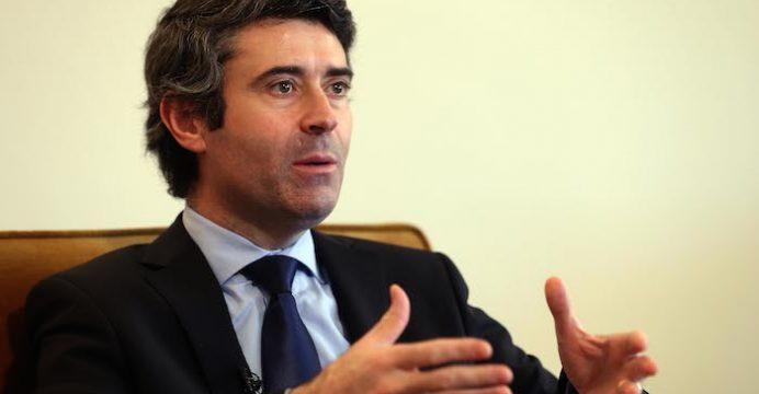 O secretário de Estado das Comunidades Portuguesas, José Luís Carneiro. 10 JANEIRO DE 2015). TIAGO PETINGA/LUSA