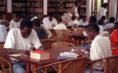 Oficinas de escrita literária e pintura mural em Bissau
