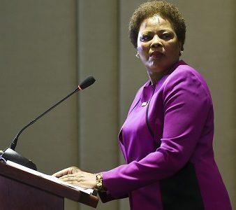 A nova secretária-executiva, Maria do Carmo Silveira, durante a cerimónia de encerramento da Cimeira da CPLP em Brasilia, no Brasil, 01 novembro 2016.  ANDRÉ KOSTERS / LUSA