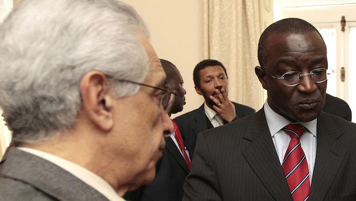 Helder Vaz e o Embaixador Lauro Moreira. 02/03/2009. MANUEL DE ALMEIDA / LUSA