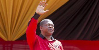 João Lourenço durante o ato de apresentação como candidato do MPLA às próximas eleições presidenciais em agosto. 25 de março de 2017, Angola. JOOST DE RAEYMAEKER / LUSA