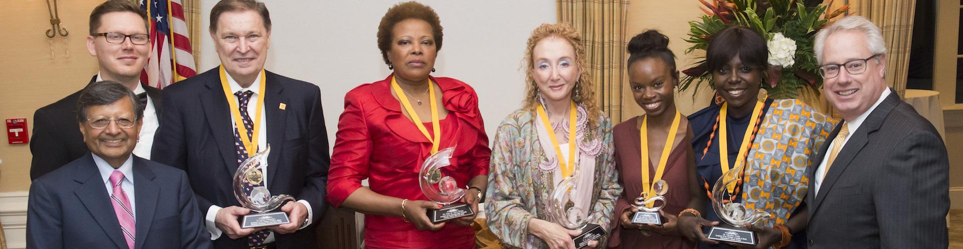 2017_International_Awards_dc7 rotatomaria do Carmo Silveira r