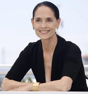 Sónia Braga.  EPA/GUILLAUME HORCAJUELO / LUSA