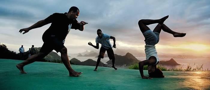 """A """"Capoeira"""" é um meio de difusão da língua portuguesa"""