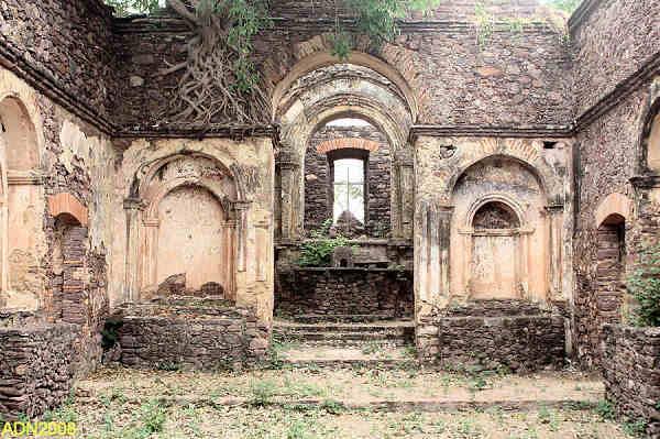 A secular fortaleza de Cambambe