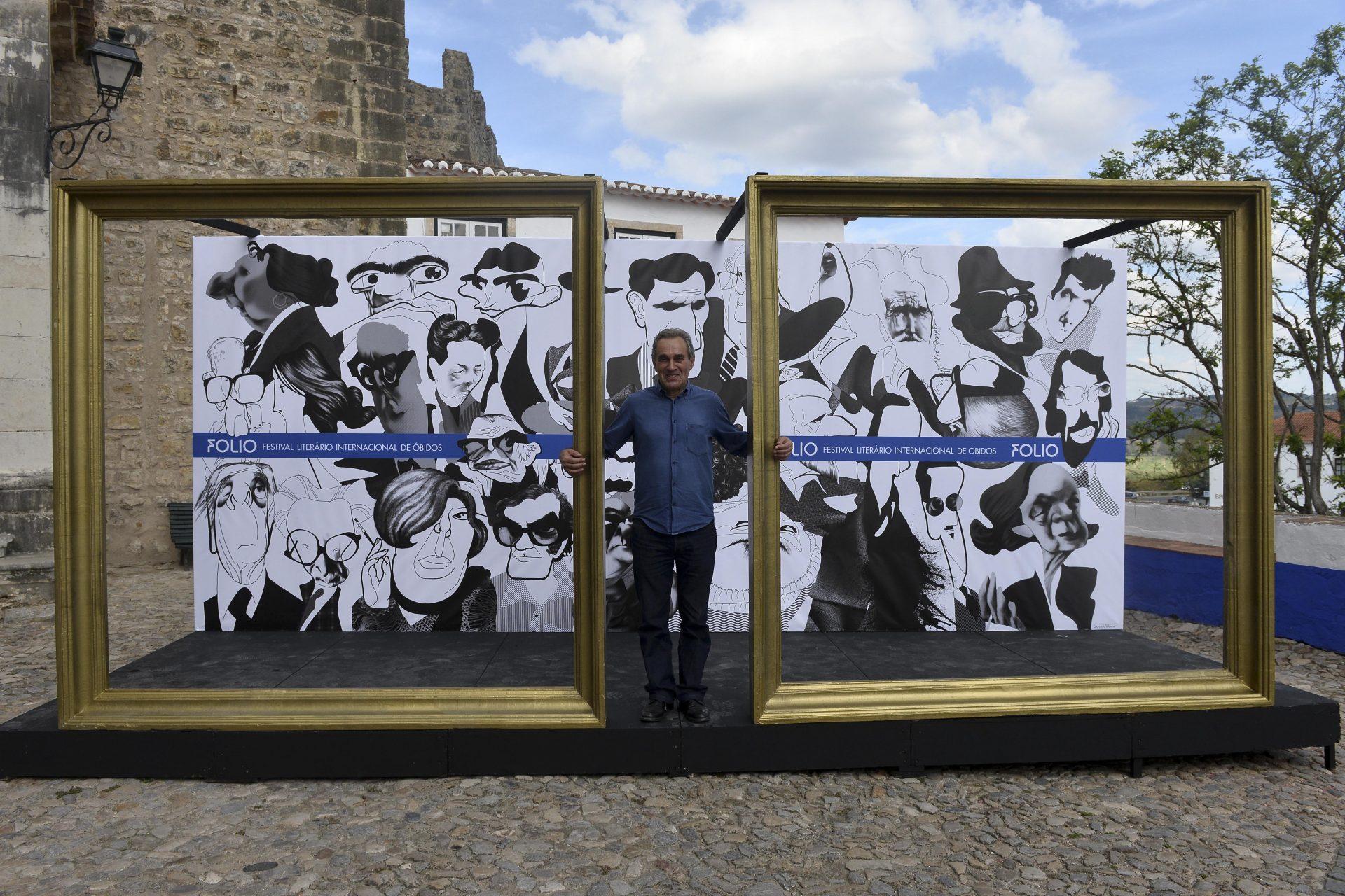"""Ministro da Cultura """"deslumbrado"""" com a programação do festival Fólio em Óbidos"""