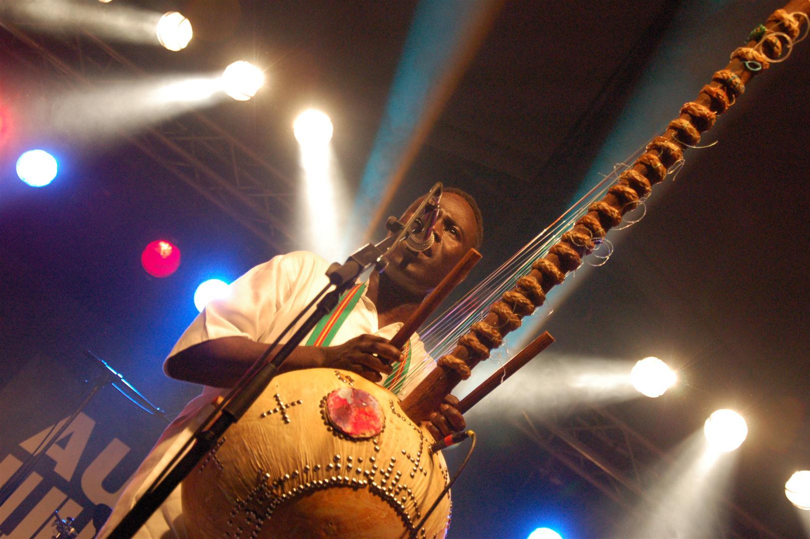 Encontros Internacionais da Guitarra em Coimbra destacam Guiné-Bissau
