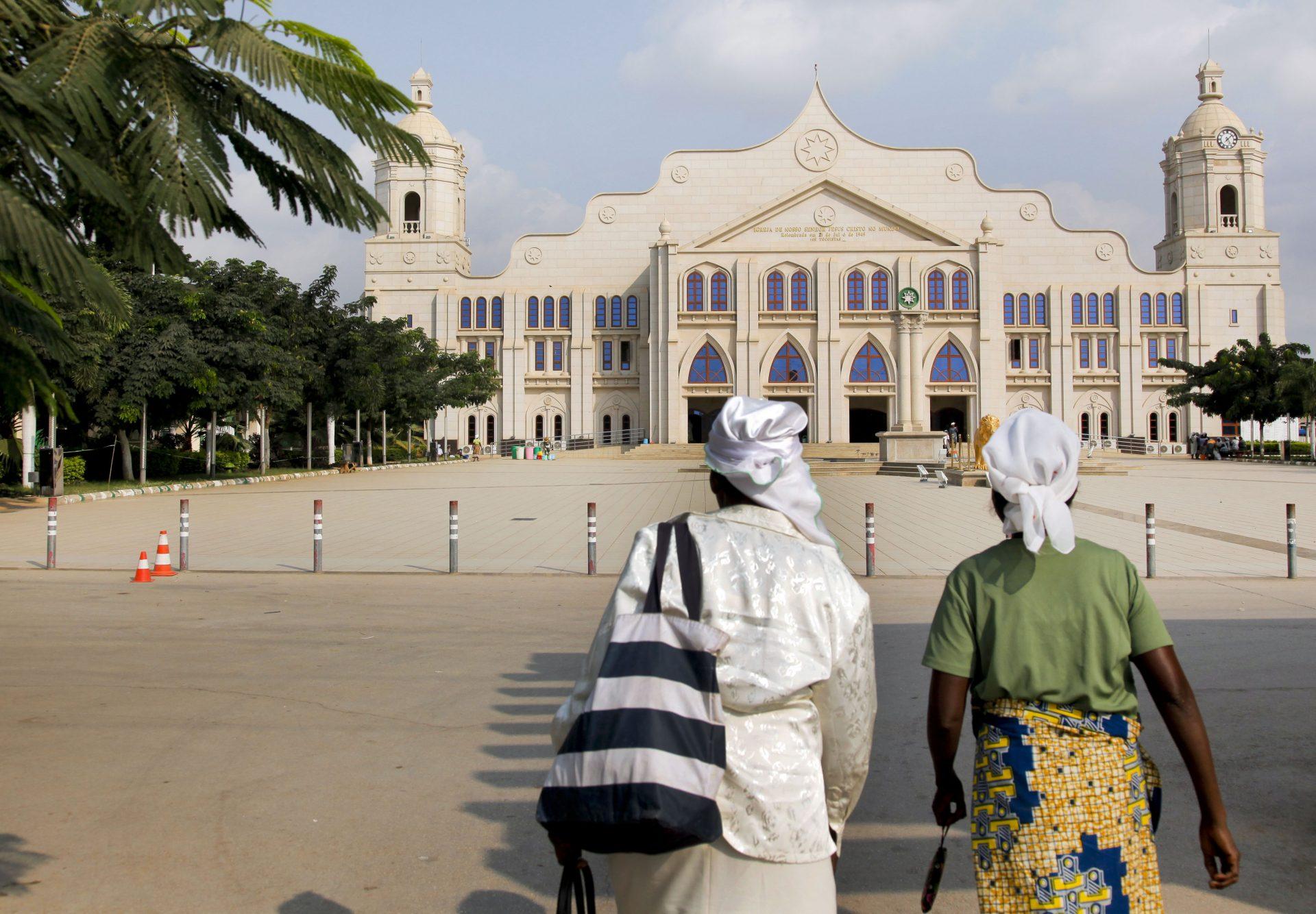 40 anos/Angola: Igrejas e seitas proliferaram