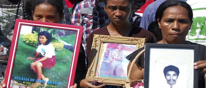 Timor-Leste: Imagens do massacre de Santa Cruz sairam escondidas dentro de roupa interior
