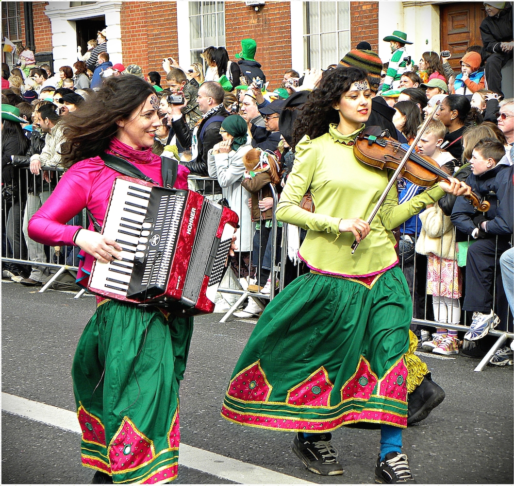 """""""Happy Saint Patrick's Day 2010, Dublin, Ireland, Accordion Violin"""" by uggboy - originally posted to Flickr as Happy Saint Patrick's Day 2010, Dublin, Ireland, the green luck, the green love, our impressions, the parade, enjoy! 17/03/2010 and so much more!:). Licensed under CC BY 2.0 via Commons - https://commons.wikimedia.org/wiki/File:Happy_Saint_Patrick%27s_Day_2010, _Dublin, _Ireland, _Accordion_Violin.jpg#/media/File:Happy_Saint_Patrick%27s_Day_2010, _Dublin, _Ireland, _Accordion_Violin.jpg"""