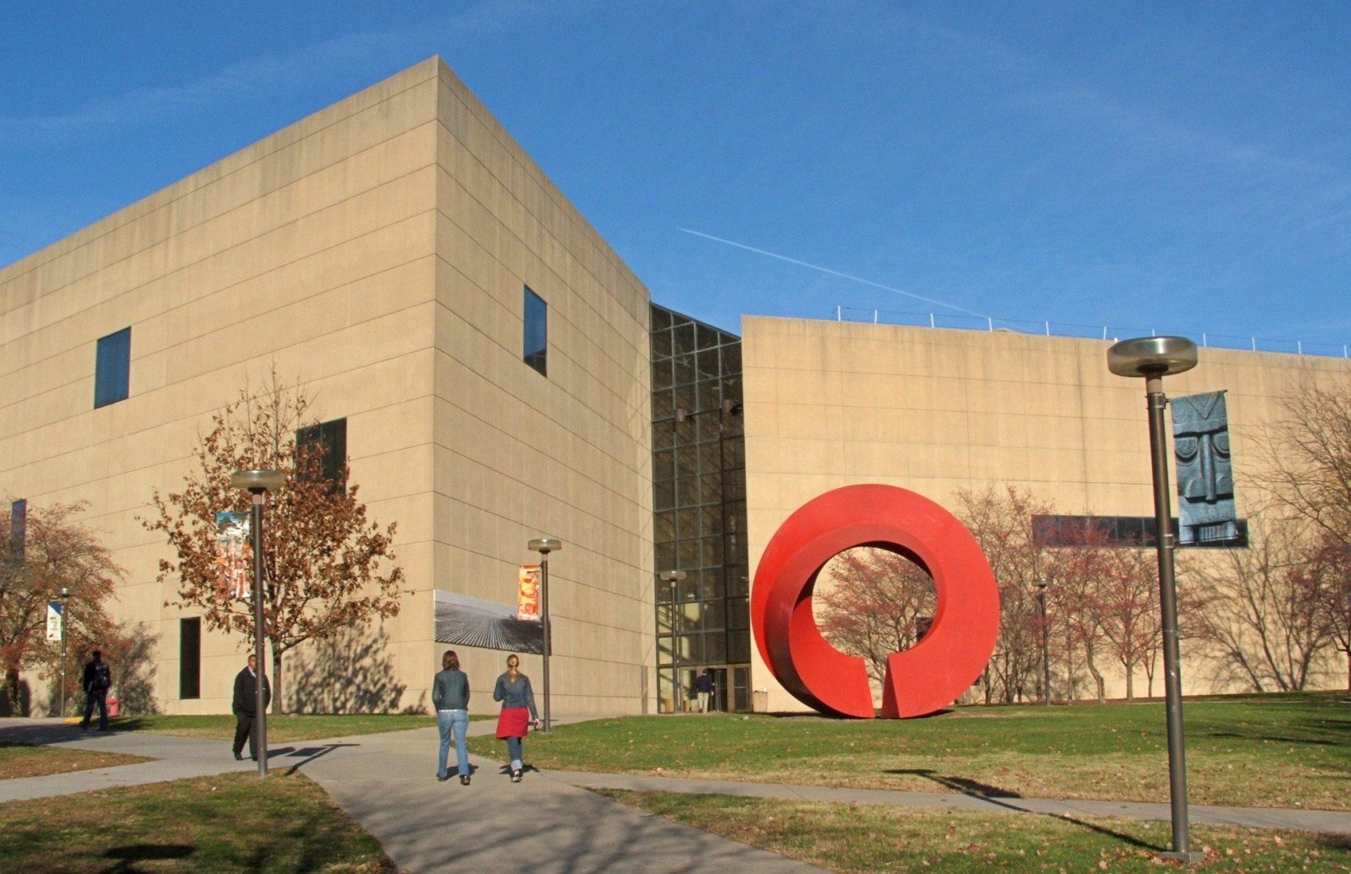 Departamento de Português e Espanhol de Universidade do Indiana entre os melhores dos EUA