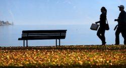 Lago de Genebra em Lutry Beach perto de Lausanne, Suíça. LAURENT GILLIERON/LUSA.