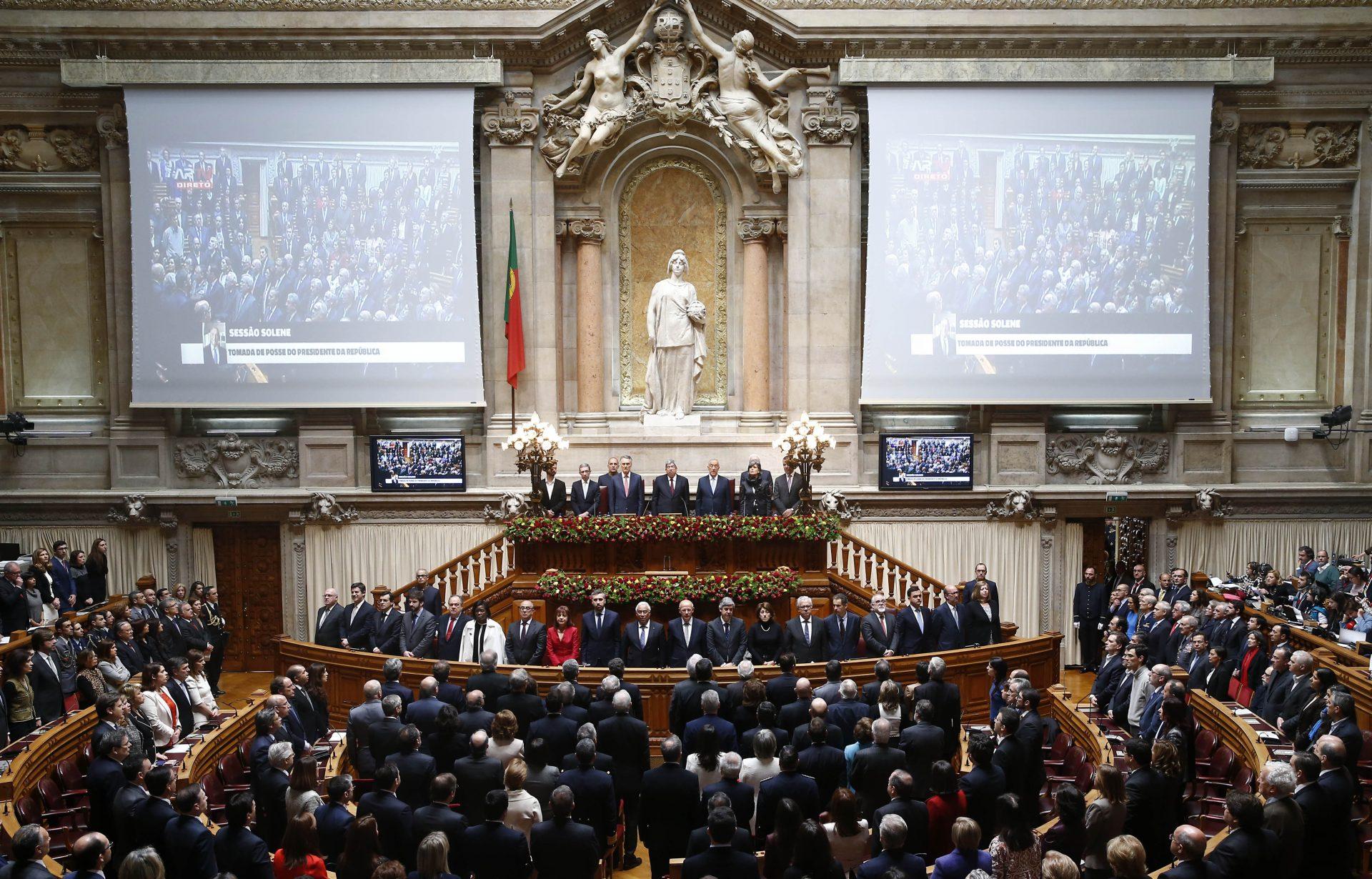 Parlamento recomenda ao Governo política ativa e eficaz para a Língua Portuguesa
