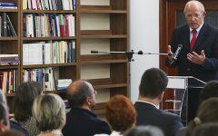 Apresentação das medidas de promoção do ensino junto das comunidades portuguesas
