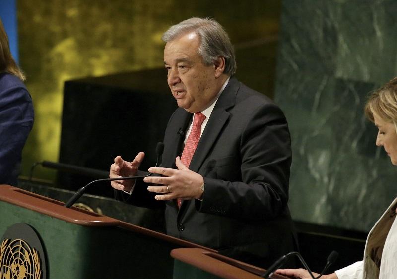 António Guterres – um militante social