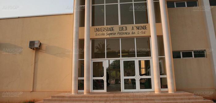 Universidade portuguesa vai colaborar com congénere angolana