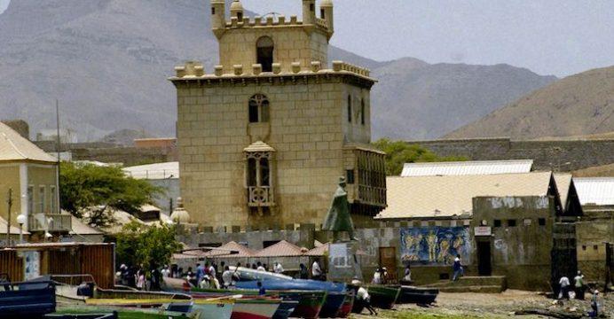 Réplica da Torre de Belém no Mindelo, Cabo Verde. 14 de Maio de 1996. Manuel Moura / Lusa