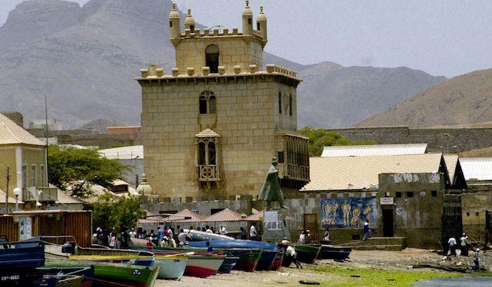 CCP em Cabo Verde (Praia e Pólo do Mindelo) lança o Concurso Nacional de Dramaturgia