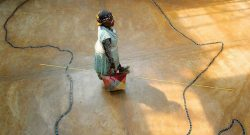 Foto LUSA:  de 7 de outubro de 2004.  EPA/JON HRUSA