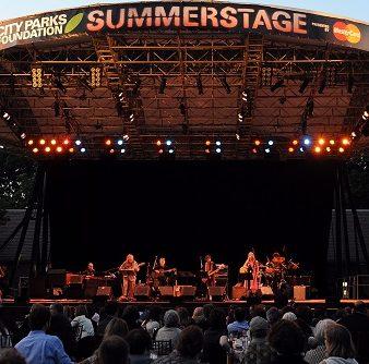 Foto LUSA: SUMMERSTAGE Gala. Central Park, New York, USA, 08 de junho de 2010. EPA/ANDREW GOMBERT