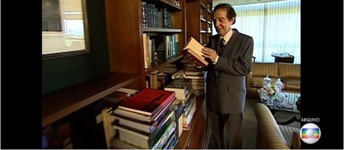 Ex-ministro da Educação e escritor brasileiro Eduardo Portella morreu hoje