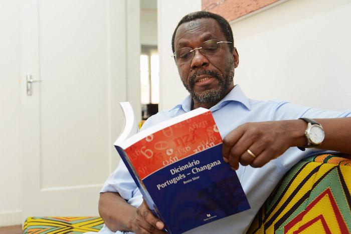 Há 17 mil palavras portuguesas traduzidas para Changana em Moçambique