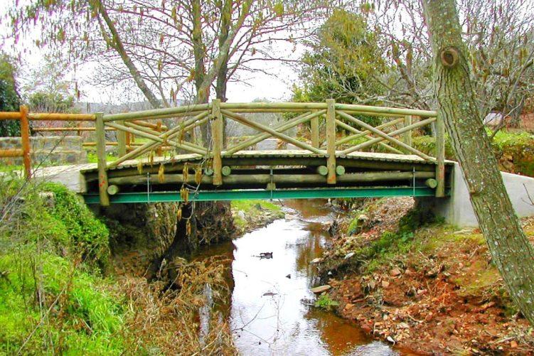 Ponte internacional mais pequena do mundo liga La Codosera a Portugal