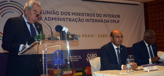 Ministros da Administração Interna da CPLP reúnem-se hoje em Cabo Verde
