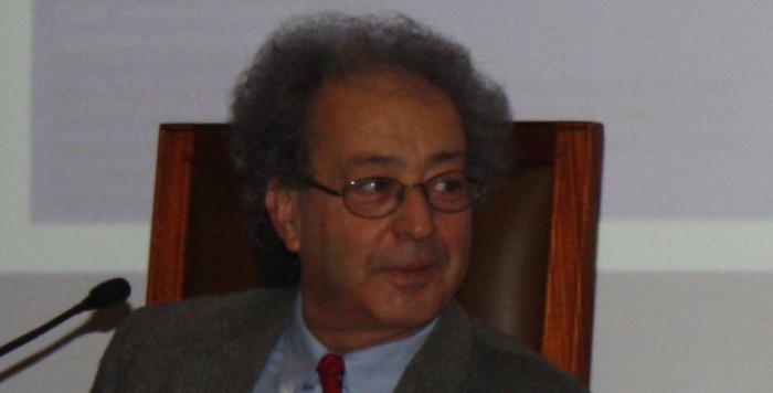 40 anos de vida literária, ensaística, dramatúrgica de Miguel Real