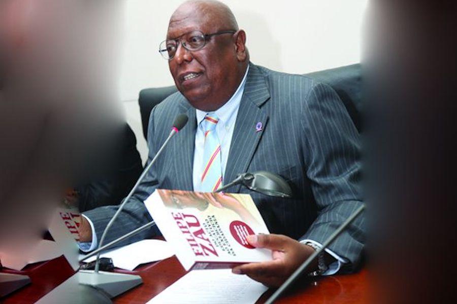 """""""Políticas linguísticas e uso de línguas africanas no ensino"""""""