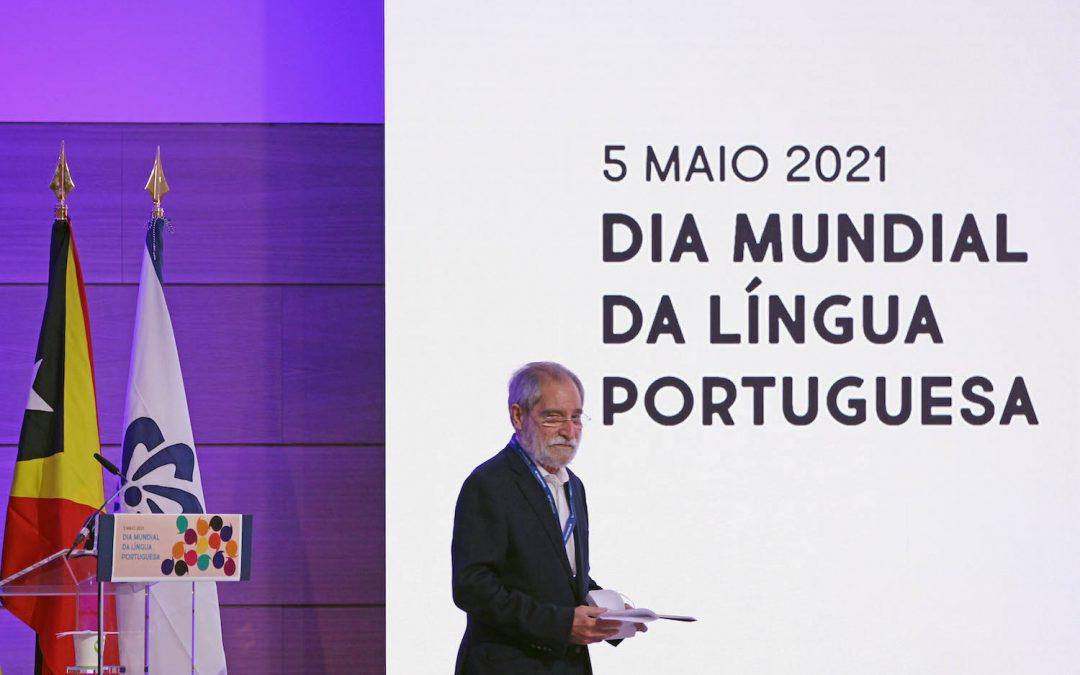 Pepetela vence prémio literário dstangola/Camões