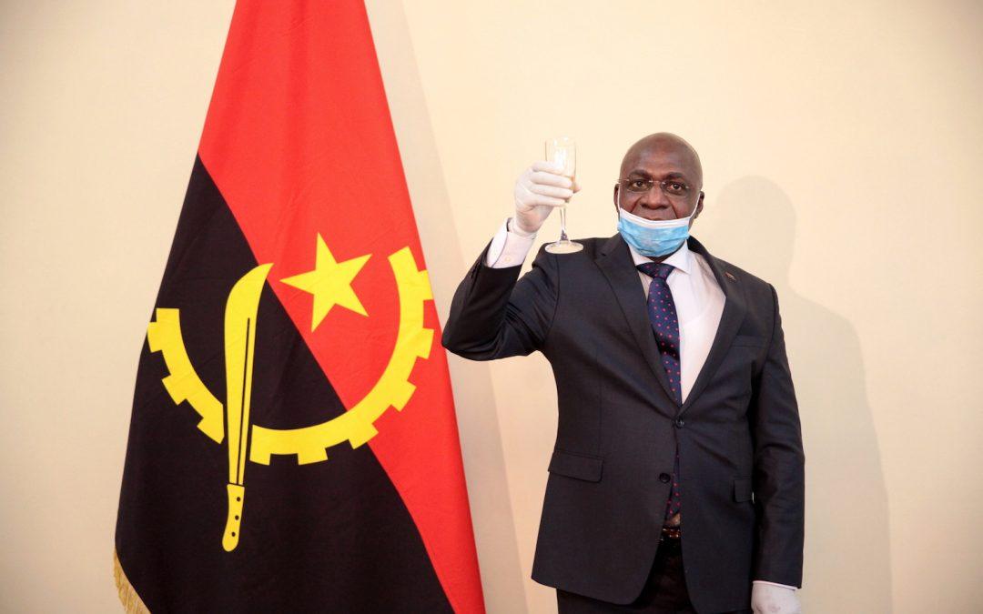Angola promete manter vivo acordo de mobilidade na presidência da CPLP