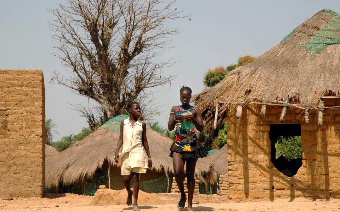 Das Cantigas de Mulher retidas pela oralidade  à eleição do tema Criança na escrita poética guineense